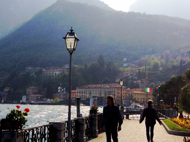 A lazy and relaxing walk along como lake