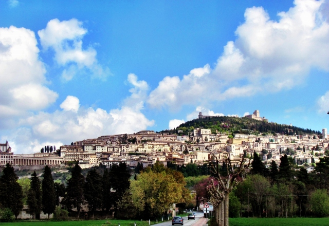 Arriving Assisi