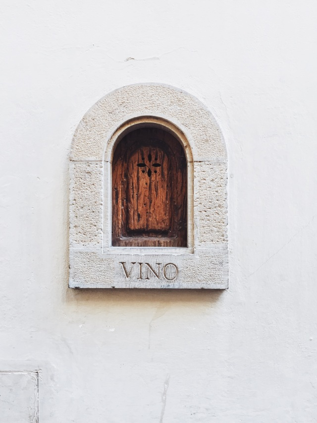 VINO - Door for wine