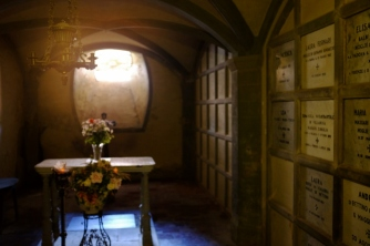 Downstairs of the chapel, it still reserves the traditions of the family since centuries.